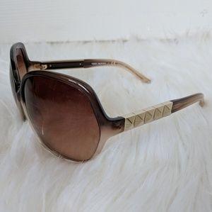 Brand New Tory Burch Pyramid Stud Sunglasses